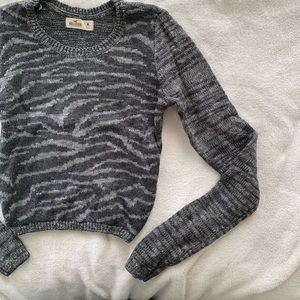 Hollister Cropped Animal Print Sweater Size M